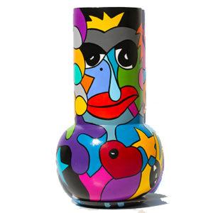 vase original et pièce unique réalisé par Sofi, artiste peintre sur Perpignan dans les PO