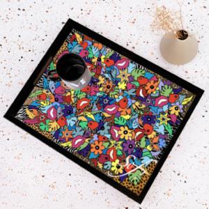 plateau en bois coloré et design par Sofi, artiste peintre France pour des cadeaux de Noel réussis